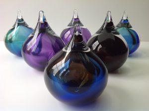 Glazen urn Bubbles gekleurd kristalglas klein