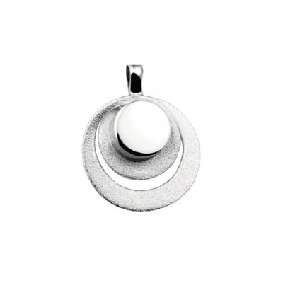 Zilveren hanger, mat/glans. Lengte: 2.5 cm. Breedte: 2 cm.