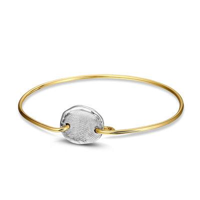 Geel gouden armband met zilveren vingerafdruk.