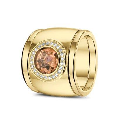 14 Krt geel gouden ring gezet met diamant. Plus geel gouden aanschuifringen.