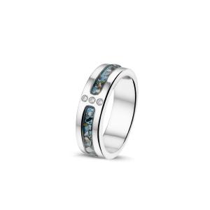 Zilveren ring gezet met zirkonia